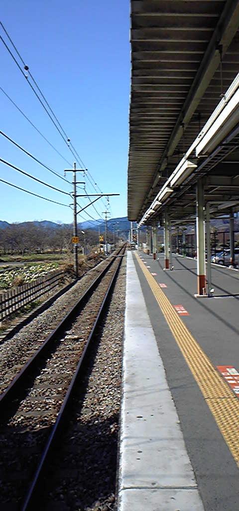 元日の朝の駅