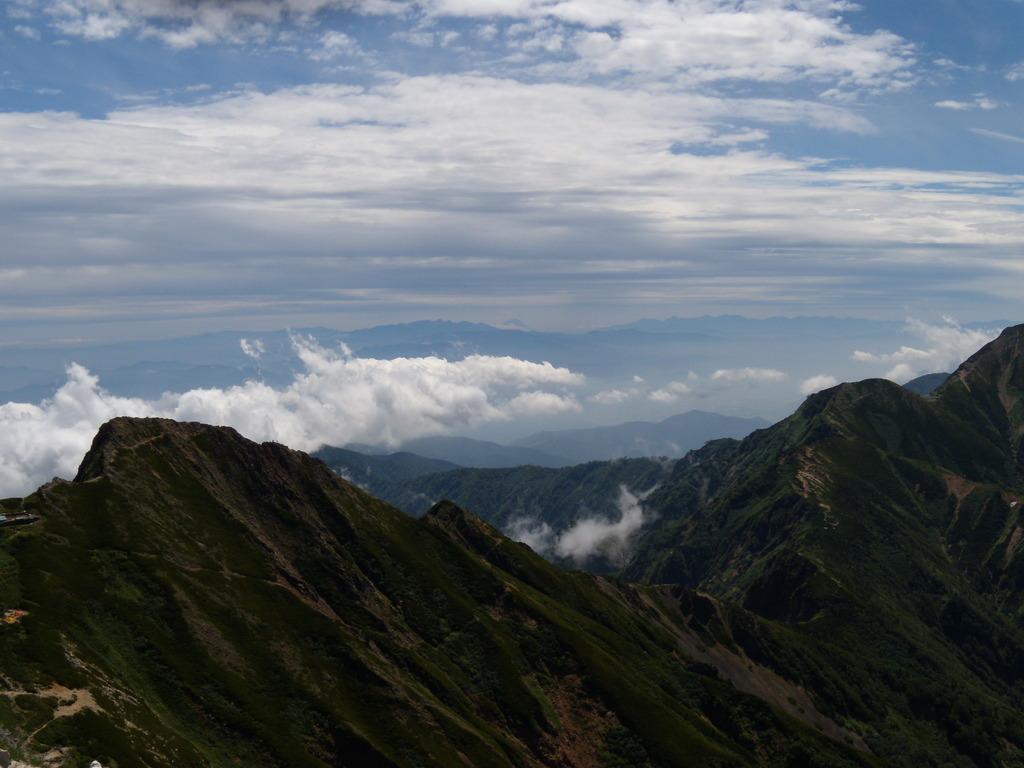 真ん中に富士山