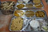 ターリー(インドカレー)