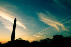 飛行機雲とロケット