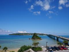 沖縄の海と古宇利大橋
