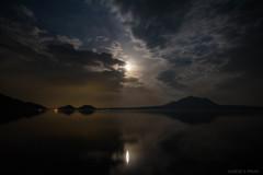 月夜の支笏湖