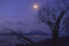 支笏湖夜明け前