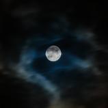 妖艶なる名月