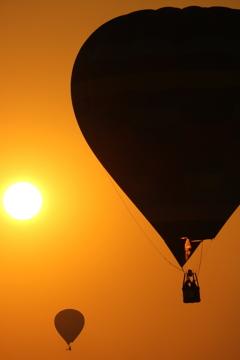 夕陽とバルーン。