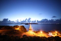 夕焼けに染まる角島大橋