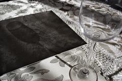 cosina 20mm f3.5で西洋館をぶらぶら グラスと影