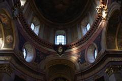 ウィーン1日目 古い教会 雰囲気がある。