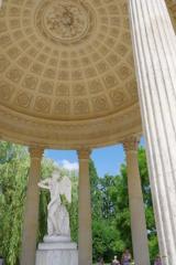 マリ-・アントワネットの離宮 庭園 愛の神殿 2