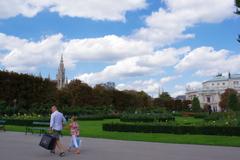 ウィーン ホーフブルク宮殿 庭園