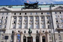 ウィーン1日目 ホテル近くの何か有名な建物