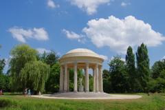 マリ-・アントワネットの離宮 庭園 愛の神殿