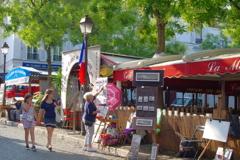 モンマルトルの丘 有名な広場