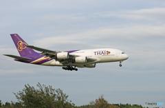 「青い空」が一番 THAI A380-841 HS-TUA着陸