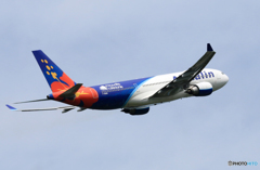 「青色」 Air Calin A330-202 F-OHSD 出発です