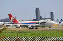 「良い天気」 Cargolux 747-400 LX-OCV 出発