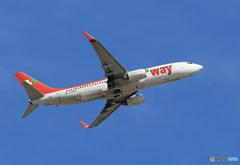 「青空」 t'way 737-8KN HL8098 離陸 します