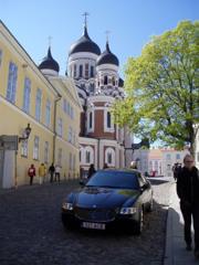 マセラティとアレクサンドル・ネフスキー大聖堂