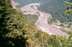蒲生岳山頂より会津塩沢方面を望む