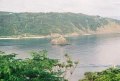 名瀬港立神灯台