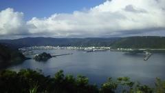 名瀬港を望む