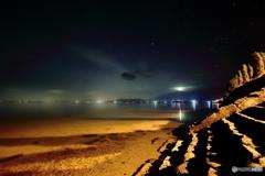 夜の琵琶湖畔