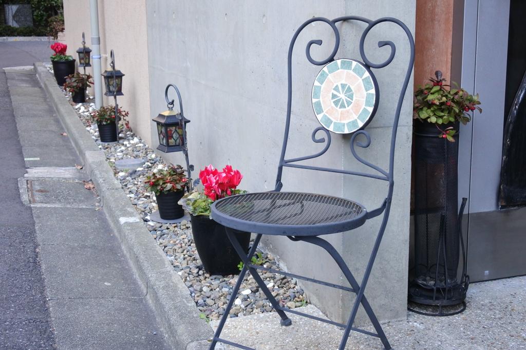 東京散歩 神楽坂 おしゃれな椅子