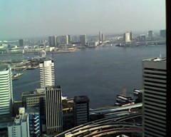 トイカメラで撮影 貿易センタービルからの海