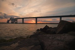 東京湾に沈む夕日