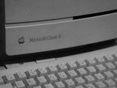 Macintosh Classic II 1 DSC-T77