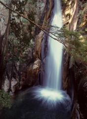 寂地峡龍頭の滝