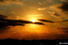夕焼け色に染まる空