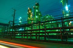 川崎工場夜景東燃ゼネラル石油3(光線入り)