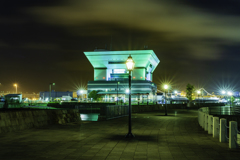 横浜みなとみらい象の鼻防波堤夜景1山下公園方面