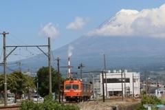 岳南電車と富士