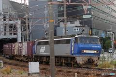 新大阪駅にてEF200