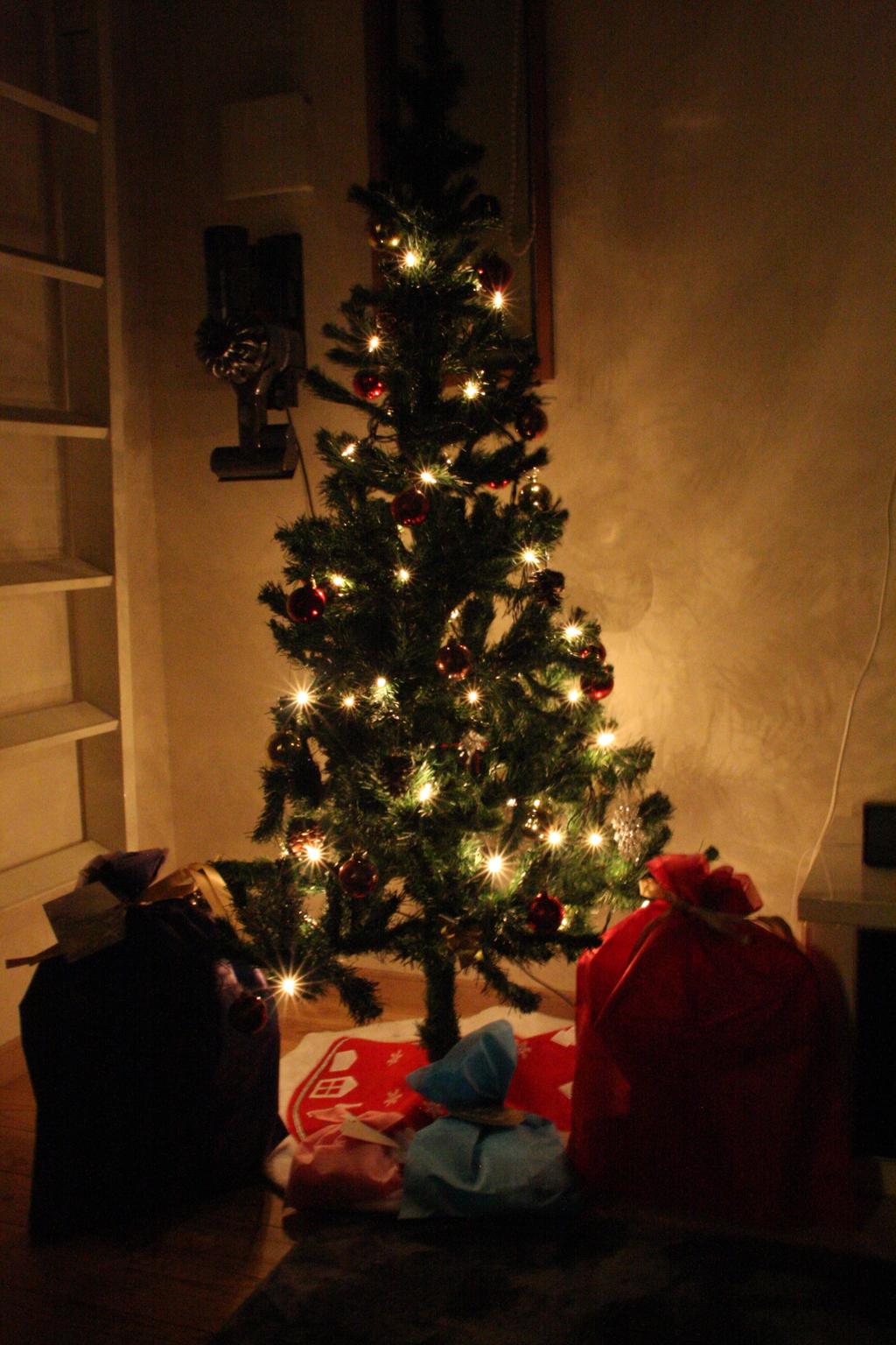 ツリーとプレゼント