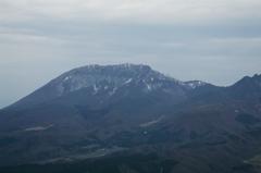 春まだ遠い大山