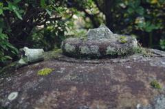 庭の石灯籠
