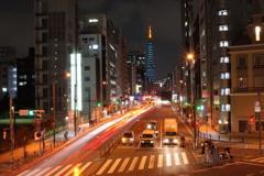 札の辻交差点より,東京タワーを望む