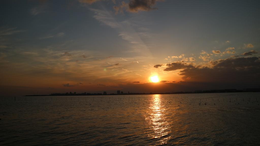 船橋三番瀬からの夕陽と夕焼け