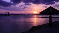 夕日が沈む浜名湖