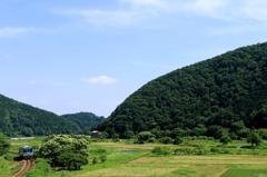 初夏ののどかな田園風景