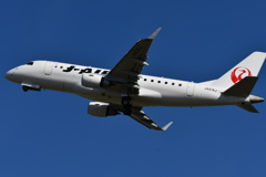 山形空港(J・Air、エンブラエル170)9
