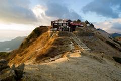 燕岳燕山荘