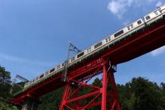 赤い橋りょう