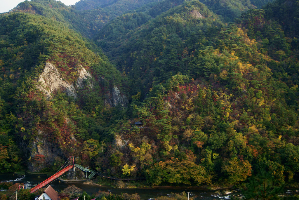 西日さす秋の剣ケ峰