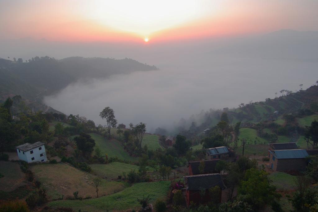 サリヤン夜明け ネパール 2008-12