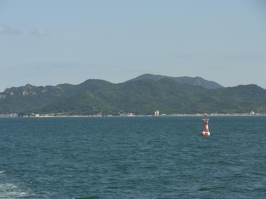 福田港(小豆島)を去り 高松港へ