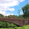 レンガ作りの橋
